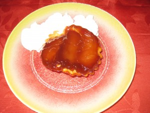 TARTE TATIN CARAMEL BEURRE SALÉ dans dessert img_9775-300x225
