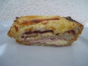 CAKE CROQUE-MONSIEUR (restes raclette) dans plat complet img_9844-300x225