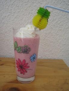 MILK-SHAKE FRAISES dans boisson img_0740-e1370618033486-230x300